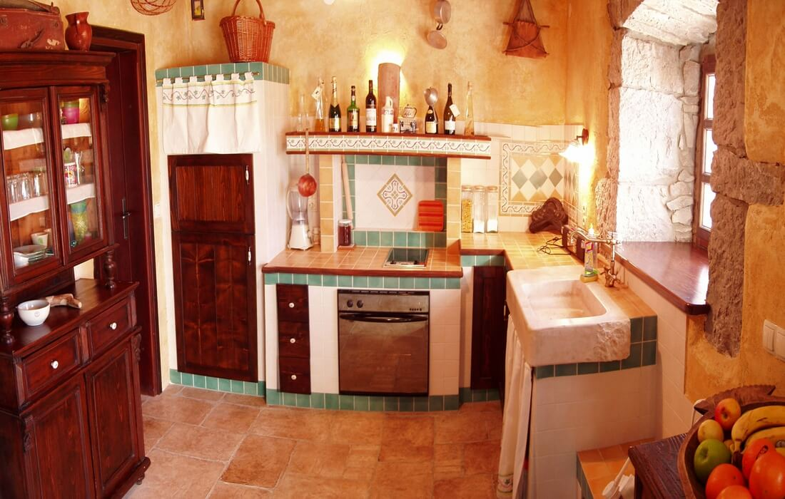 Fully equipped kitchen in House Our Istria, village Rim