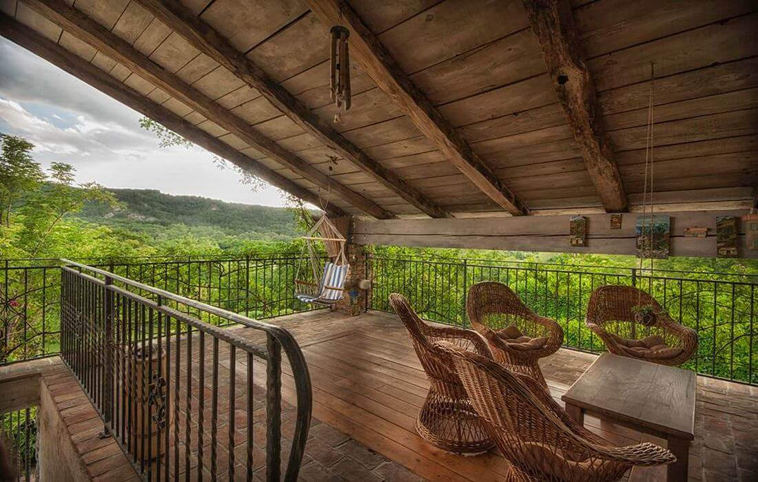 Under-roof terrace with panorama view of Green Istria