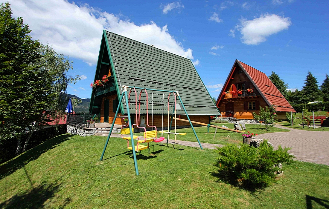 Chalets Runolist for perfect family holidays in Gorski kotar