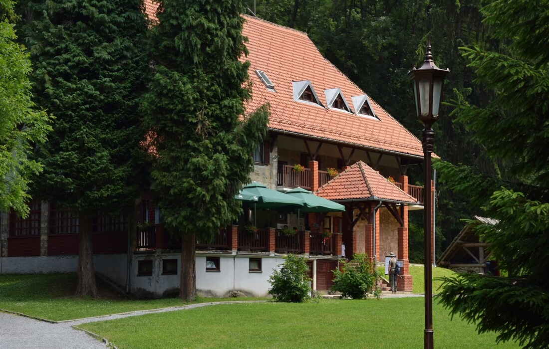 Mountain lodge Jankovac - Nature Park Papuk